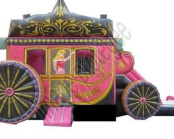 Bulles d'air Animation - Les Ulmes - Nos structures et nos plus - CARROSSE PRINCESSE