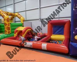 Bulles d'air Animation - Les Ulmes - Nos structures et nos plus - PLAY ZONE